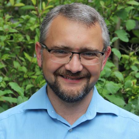Pastor Christian Frach